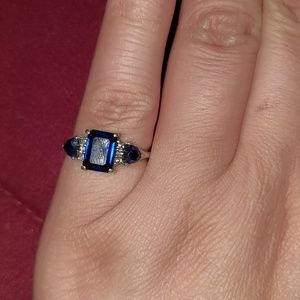 Jewelry - Sterling Silver Sapphire Ring
